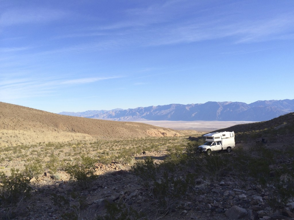 XPCamper Overlooking Death Valley